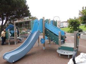 Ah, os playgrounds...